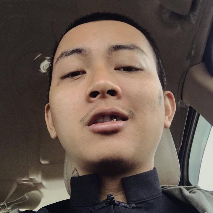 Trước khi tút lại vẻ đẹp trai, Hoài Lâm từng bao lần gây sốc với ngoại hình tụt dốc khó nhận-3