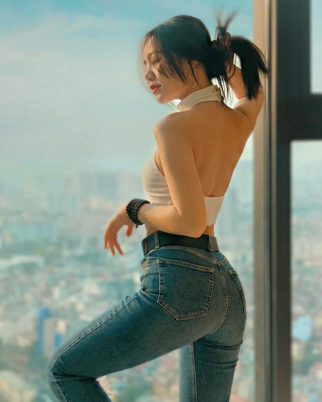 Bạn gái Đoàn Văn Hậu và các hot girl Thái Bình nổi tiếng trên mạng-5