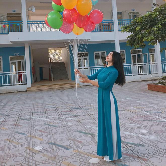 Bạn gái Đoàn Văn Hậu và các hot girl Thái Bình nổi tiếng trên mạng-7