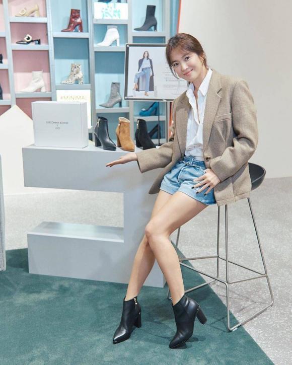 Song Hye Kyo tái hiện hình ảnh bác sĩ Kang trong Hậu duệ của mặt trời, fan lại nghẹn ngào khó tả-3