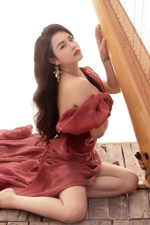 Hậu chia tay Quang Đăng, Thái Trinh chuyển hướng sexy đến nghẹt thở, mặt hao hao Cổ Lực Na Trát-3