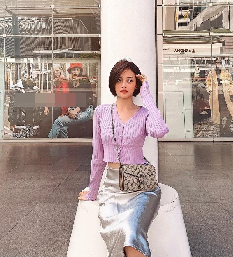Vượt mặt Ngọc Trinh, Khánh Linh là mỹ nhân Vbiz đầu tiên sở hữu túi Chanel độc lạ có giá gần nửa tỷ-9