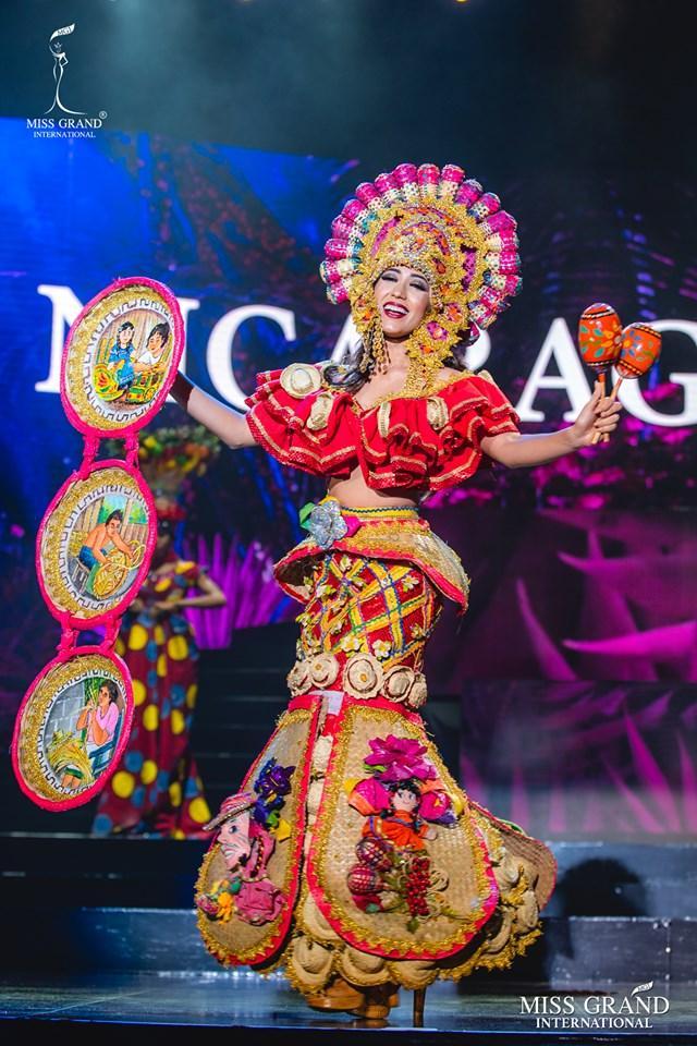 Top 10 quốc phục đẹp nhất Miss Grand International 2019, trong đó có thí sinh giống Mạc Văn Khoa-5
