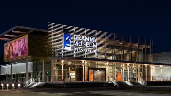 Cùng với loạt sao đình đám thế giới, hình ảnh của BTS sẽ được trưng bày tại bảo tàng GRAMMY-4