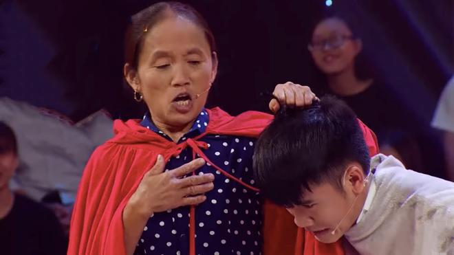 Khổ thân Trấn Thành bị gọi đuông dừa còn được bà Tân Vlog gợi ý thịt làm món siêu khổng lồ-2
