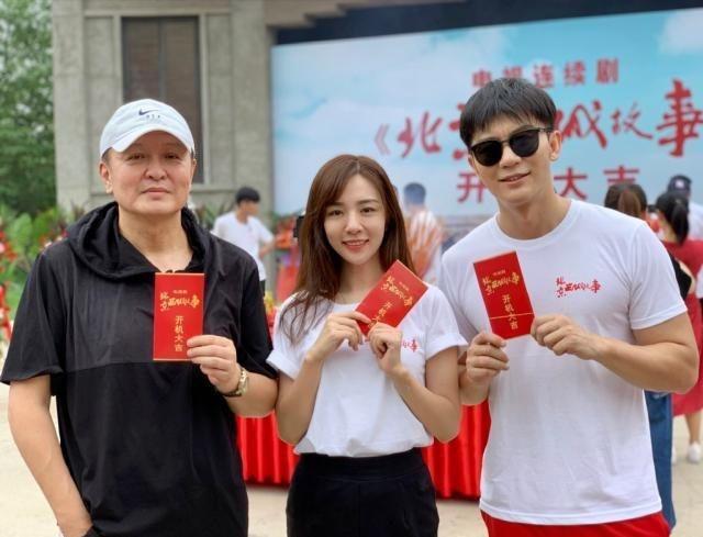 Lộ ảnh Lý Thần cùng bạn gái tin đồn Vương Hiểu Thần trên phim trường-9