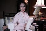 Phi Thanh Vân tung ảnh bán khỏa thân nhưng bị nghi photoshop bóp eo đến nát hình-9