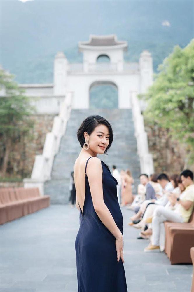 Bên cạnh nhiều tin hỷ, showbiz Việt cuối năm còn nhộn nhịp với sự ra đời của các thiên thần-12