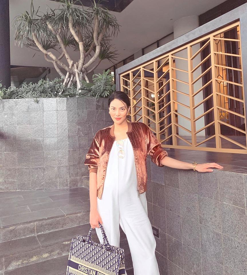 Là mẹ bầu sành điệu nhất nhì Vbiz nhưng Lan Khuê vẫn liên tục than thở chuyện ăn mặc khi mang thai-3
