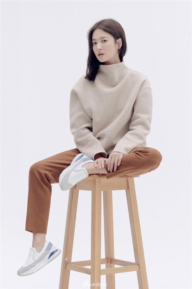 Cuộc sống đối lập của Song Joong Ki và Song Hye Kyo sau 4 tháng ly hôn-2