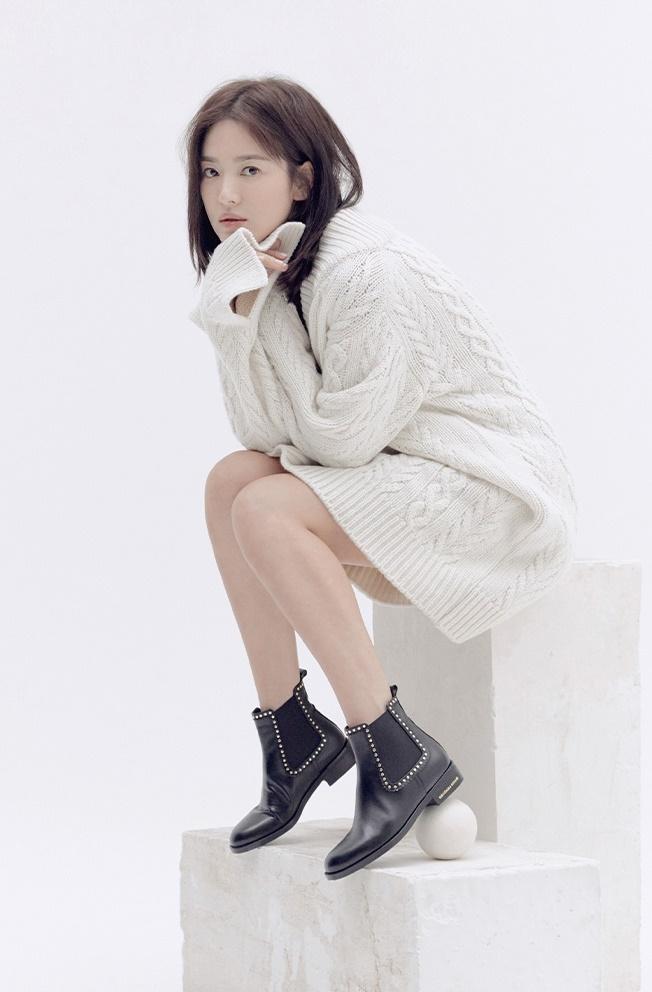 Cuộc sống đối lập của Song Joong Ki và Song Hye Kyo sau 4 tháng ly hôn-7
