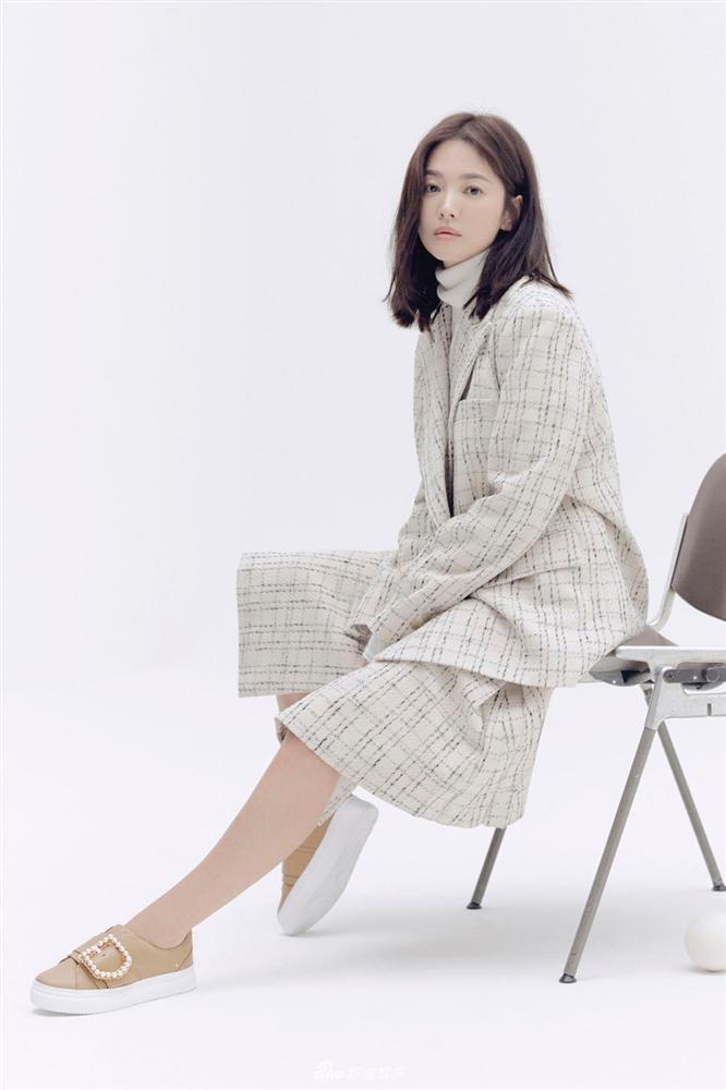 Cuộc sống đối lập của Song Joong Ki và Song Hye Kyo sau 4 tháng ly hôn-12