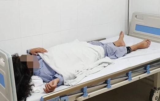 Giấu mẹ đi nâng mũi giá 2 triệu lại được trả góp, bé gái 13 tuổi ở Yên Bái bị mù một bên mắt-2