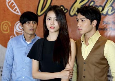 Mối duyên lạ kỳ giữa 2 trai đẹp của màn ảnh Việt: Đóng chung phim nào cũng thành tình địch phim đó