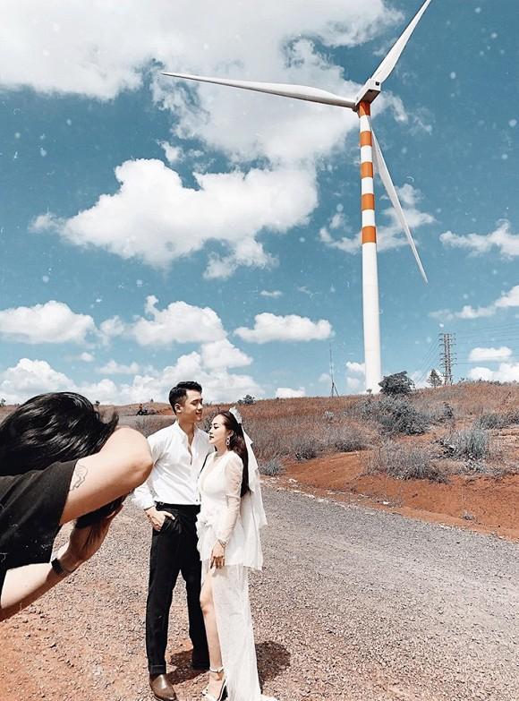 Sau cầu hôn, em họ Hương Tràm đi chụp ảnh cưới đẹp không thua sao Việt-4