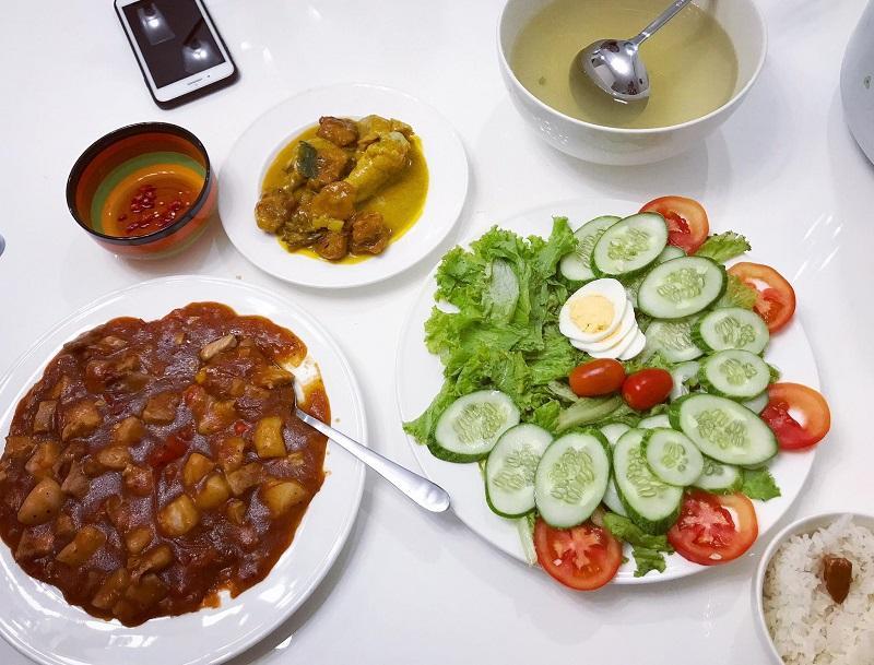 Khéo tay hết phần thiên hạ, vợ Huy Cung khoe thực đơn cả tuần không trùng bữa nào-12