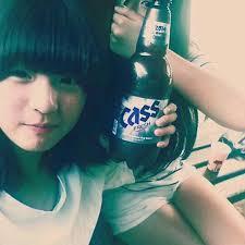 Lịch sử Kpop lần đầu xảy ra: Nữ idol thú nhận quá khứ hút thuốc, rượu chè ngay tại họp báo debut-2
