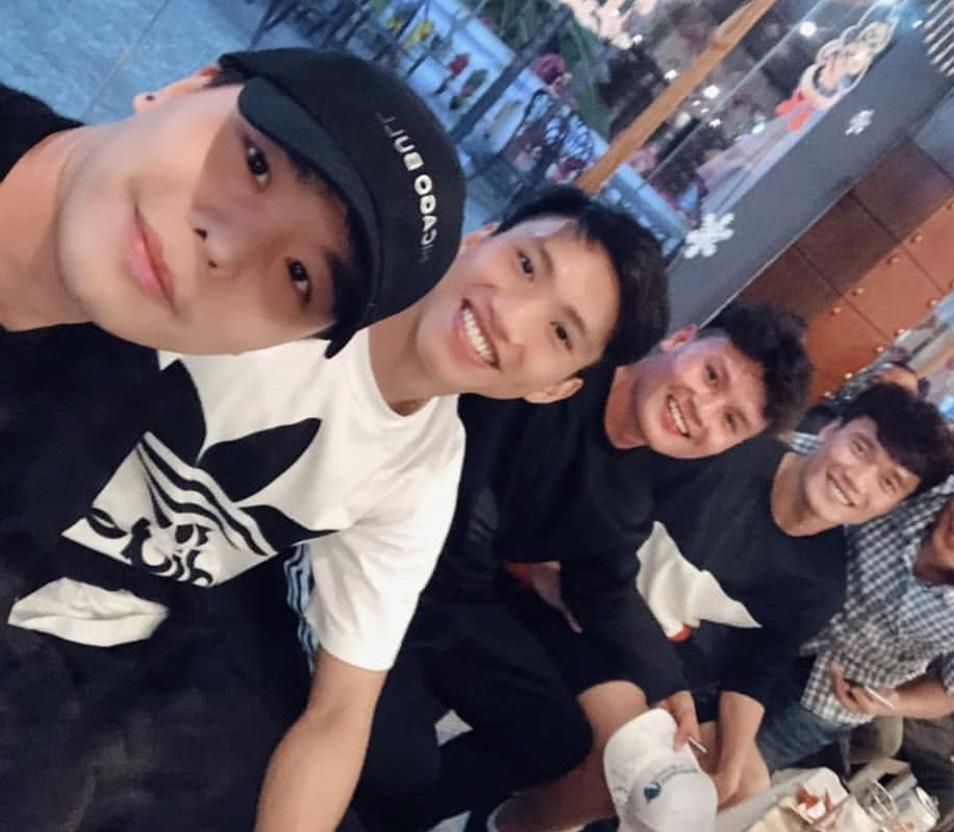 Song ca cùng Trịnh Thăng Bình, fans lại được dịp căng tai nghe Quang Hải hát gì-3