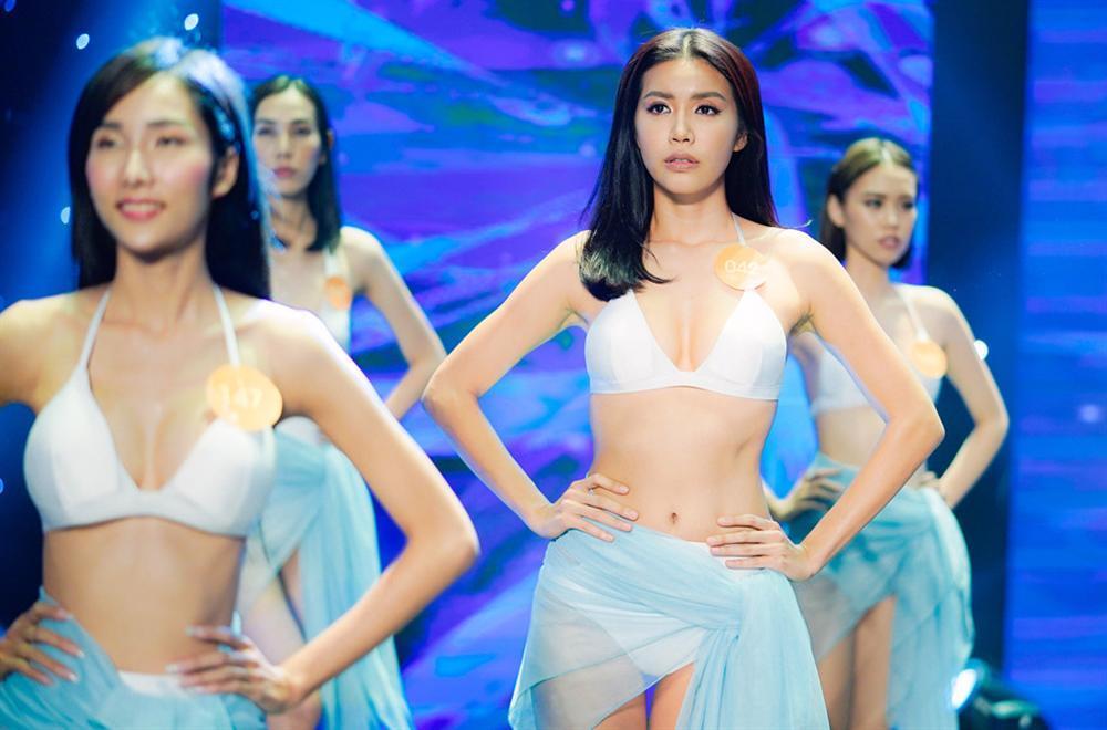 Chân dài Việt và những vai diễn ấn tượng trên màn ảnh-10