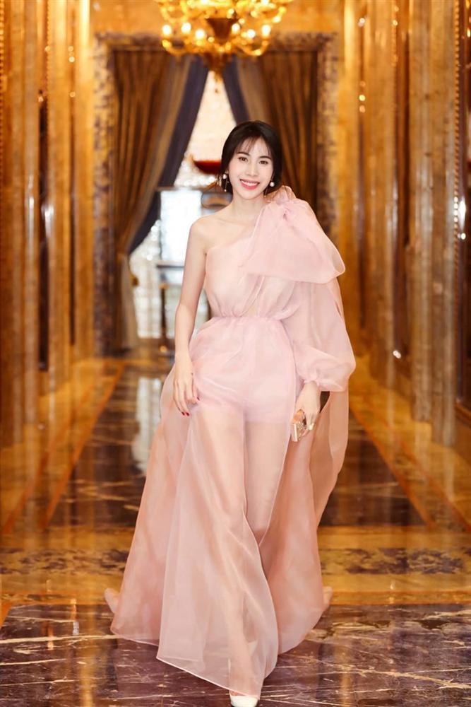Đỗ Mỹ Linh - Lan Ngọc - Minh Hằng đồng loạt hóa thân thành công chúa cổ tích đẹp nức nở tuần qua-9
