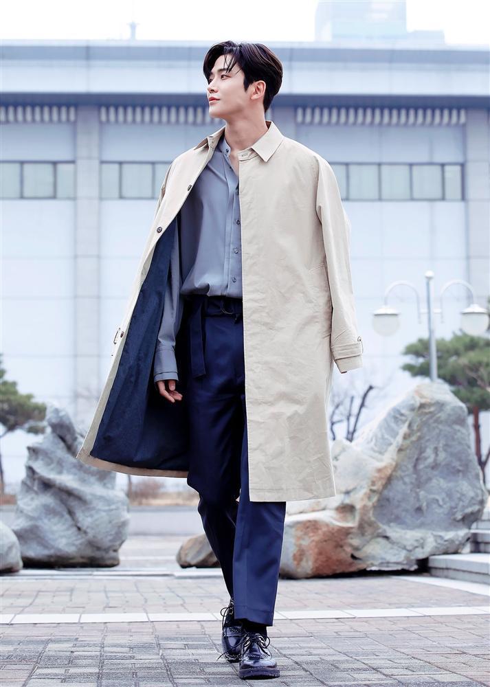 Kim Ro Woon - mỹ nam đang khiến chị em mê mẩn: Cao 1m92 và khuôn mặt không góc chết-3