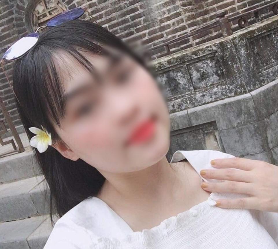 Xót xa đoạn tin nhắn của cô gái Hà Tĩnh gửi cho mẹ nghi bị chết vì không thở được trong quan tài thép chứa 39 thi thể ở Anh-5