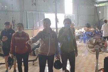 Nhóm người đập phá tịnh thất Bồng Lai vô cớ khiến dư luận bức xúc-2