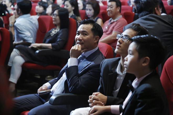 Nghệ sĩ Việt: Dán nhãn 18+ phim truyền hình cần triệt để, hợp lý-1