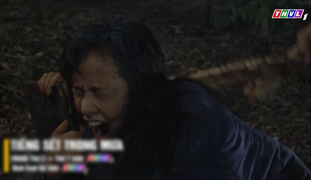 Sau 24 năm, Hứa Minh Đạt bất ngờ trở lại trong tập 48 Tiếng sét trong mưa-3