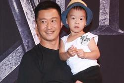 Vợ Ngô Kinh lên tiếng về tin con trai 5 tuổi đọc hơn 500 cuốn sách