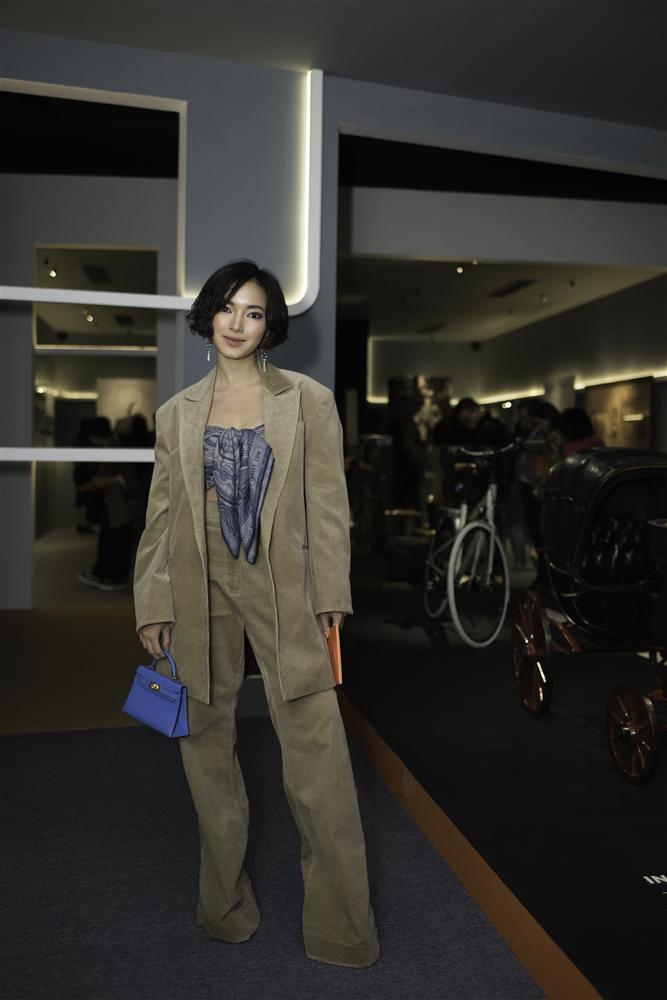 Châu Bùi và Hoàng Ku quấn khăn làm áo cũng không nữ tính bằng NTK Lý Quí Khánh-1
