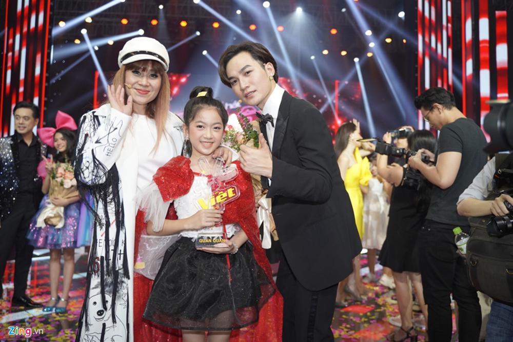 MC Nguyên Khang nhầm kết quả The Voice Kids khiến thí sinh khóc nức nở-2