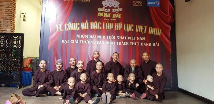 Vụ nhóm người xông vào Tịnh thất Bồng Lai: Không có giấy phép hoạt động, chỉ là nơi biến gia thành tự-3