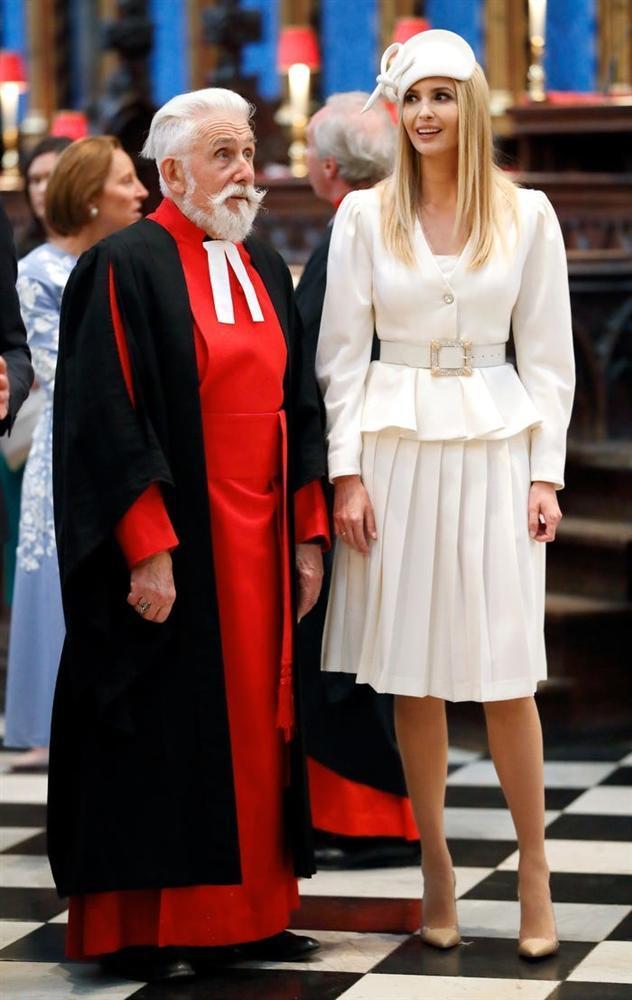 Không hổ danh ái nữ nhà Trump, Ivanka làm mọi cô gái phải ghen tị với những chiếc váy thiết kế đáng giá bằng cả gia tài-8