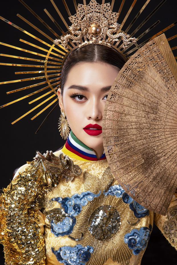 Vừa sang Nhật thi Miss International, Tường San đã tiết lộ hẳn 2 bộ áo dài cực kỳ hoành tráng để thi Quốc phục-1