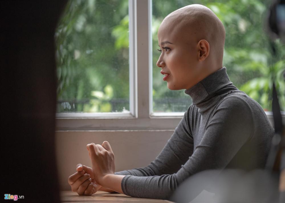 Nữ sinh ĐH Ngoại thương: 'Không nghĩ ung thư đến khi mới 19 tuổi'-1
