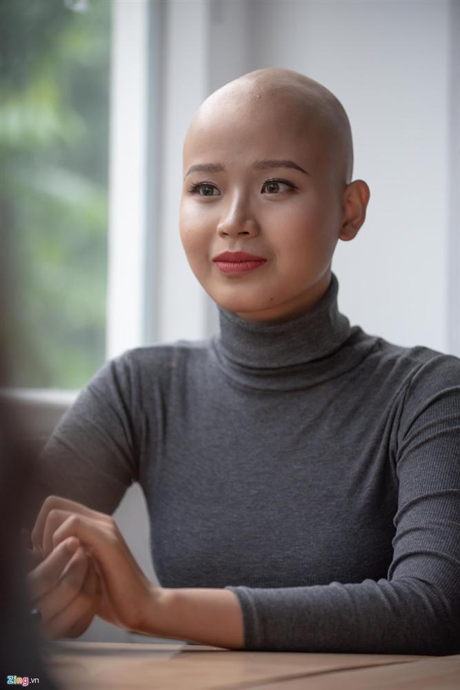 Nữ sinh ĐH Ngoại thương: 'Không nghĩ ung thư đến khi mới 19 tuổi'-2