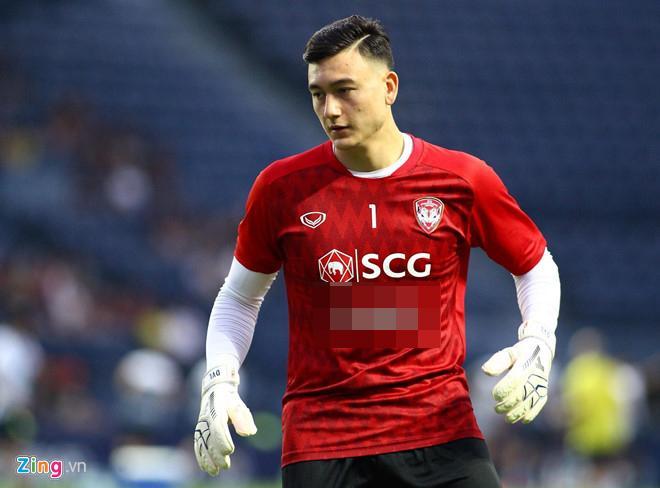 Fan Thái khen Văn Lâm đẹp trai nhất dàn cầu thủ của Muangthong United-2