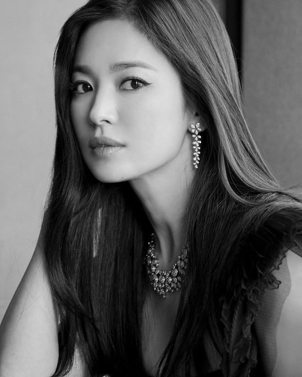 Song Hye Kyo cân bằng cuộc sống sau khi ly hôn-4