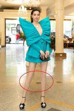 Hồ Ngọc Hà nối gót Phượng Chanel photoshop quá lố đến mất luôn đầu gối gân guốc