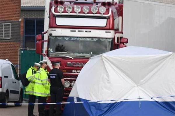 Từ vụ 39 thi thể trong container: Ký ức ám ảnh trên quan tài sang Anh-2