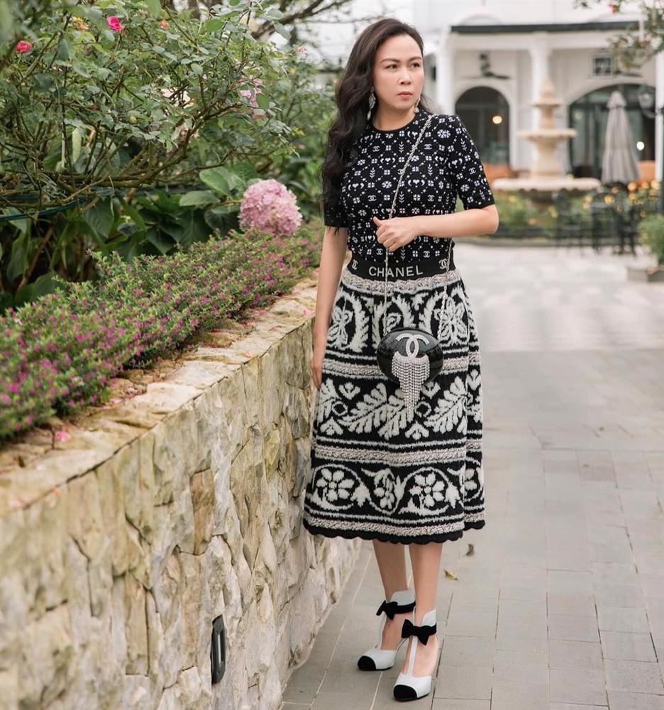 Nghiện mặc váy maxi giấu chân, Phượng Chanel mắc lỗi khiến dùng đồ hiệu mà chẳng thấy sang-2