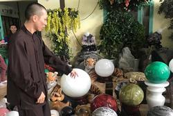 Người cha lý giải việc xông vào Tịnh thất Bồng Lai lục soát