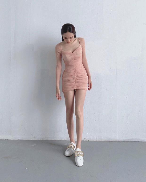 Chi Pu và Hương Giang nhiều lần khiến fan dụi mắt vì kiểu váy dễ gây hiểu lầm-1