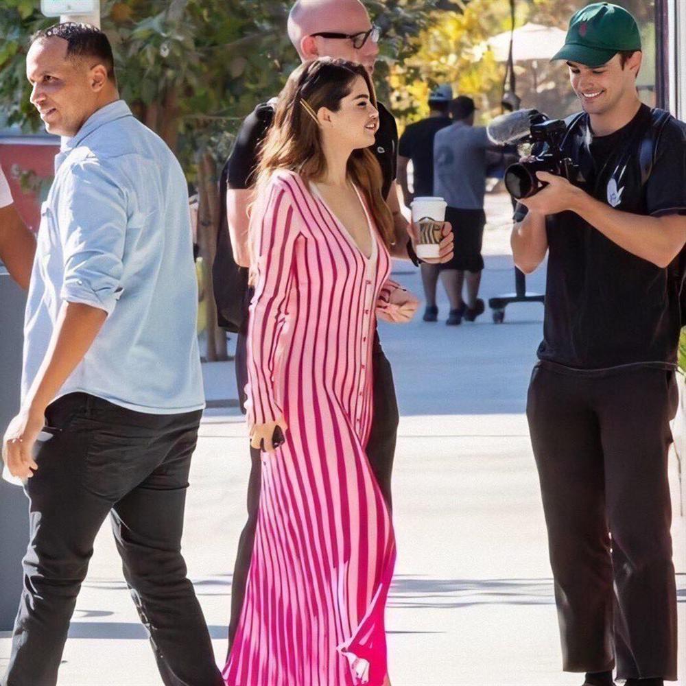 Selena Gomez lấy lại nhan sắc, vóc dáng sexy sau khi giảm cân-7