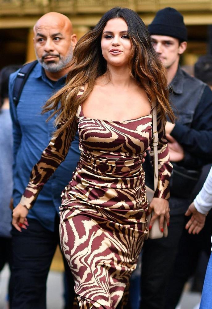Selena Gomez lấy lại nhan sắc, vóc dáng sexy sau khi giảm cân-10