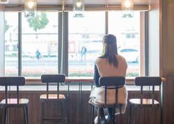 Khóc hết nước mắt vì tưởng bạn trai mất, hai năm sau bất ngờ gặp lại ở nhà hàng