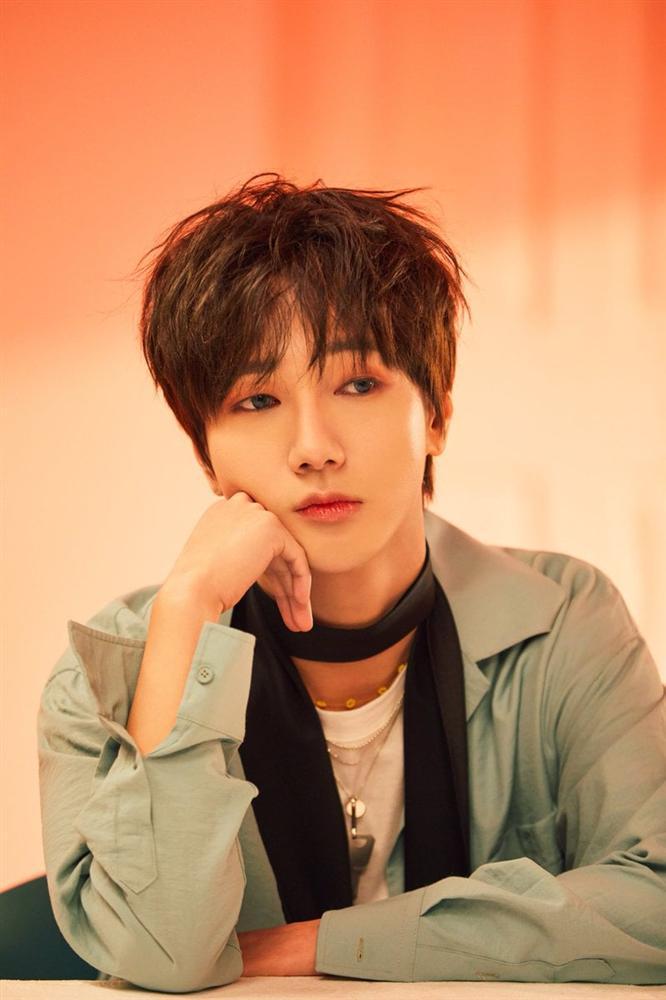 Yesung (Super Junior) nhá hàng hình ảnh học tiếng Việt chuẩn bị cho màn chào hỏi fan Việt tại AAA 2019-2