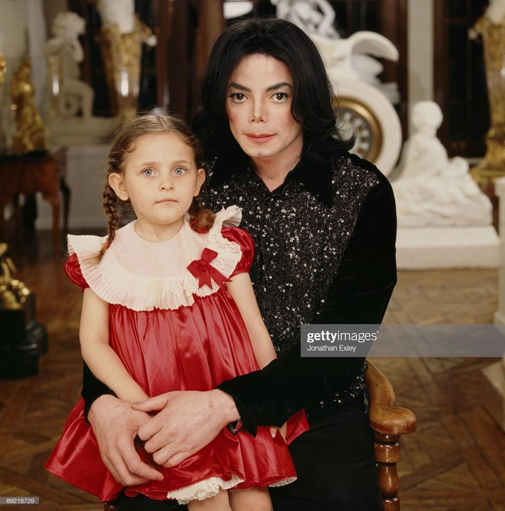 10 năm sống trong nổi loạn và tổn thương của con gái Michael Jackson-1