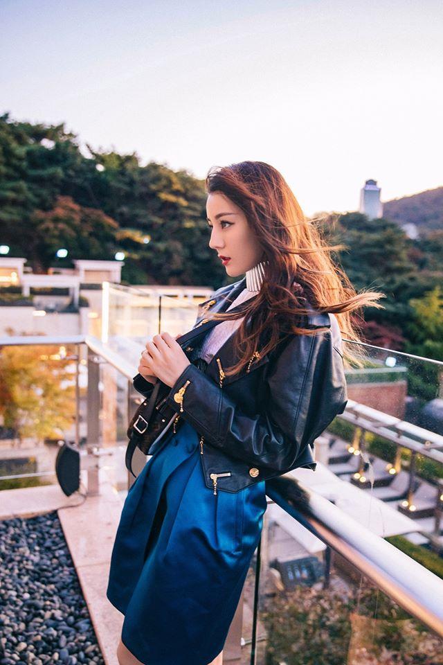 Truyền thông Hàn hết lời khen ngợi nhan sắc mỹ nữ Tân Cương Địch Lệ Nhiệt Ba-14